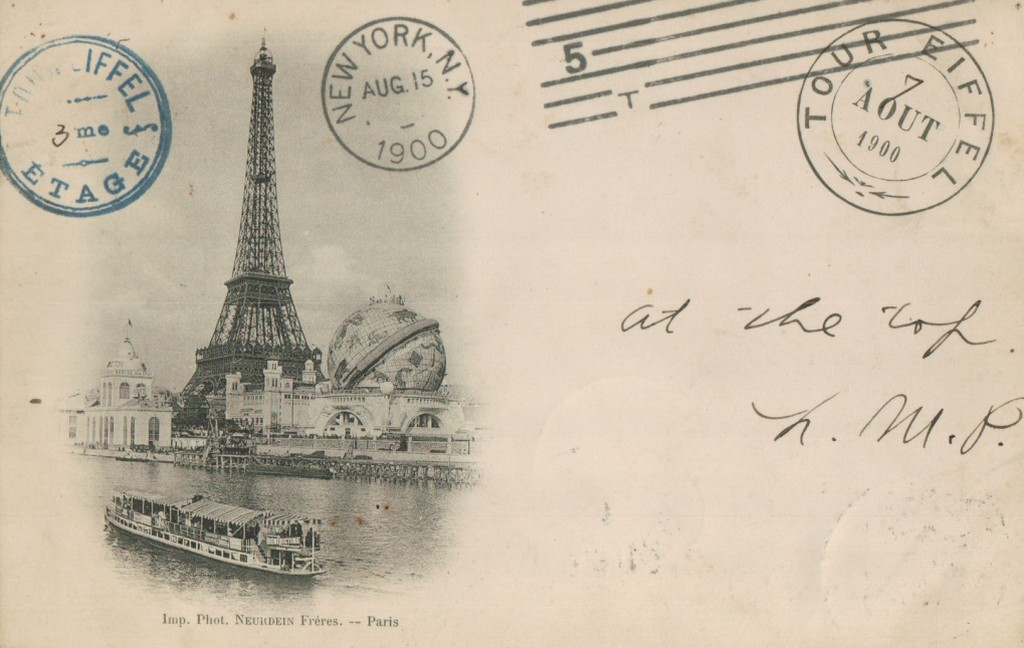 La tour Eiffel en 1900 a l'Exposition Universelle.