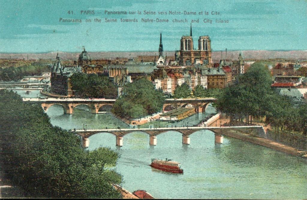 Carte Postale panorama de l'Ile de la Cité.