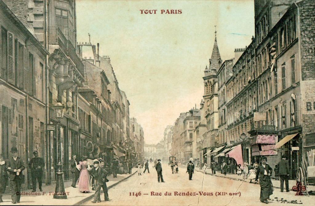 Tout Paris - La rue du rendez-vous.