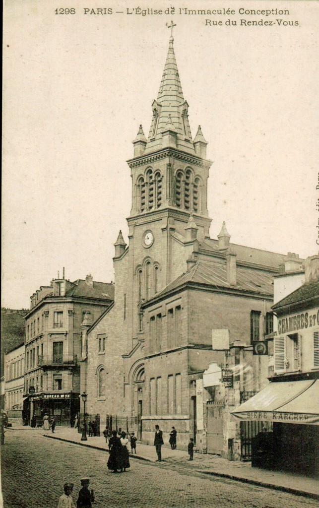 Eglise de l'imaculée conception depuis la rue du rendez-vous.