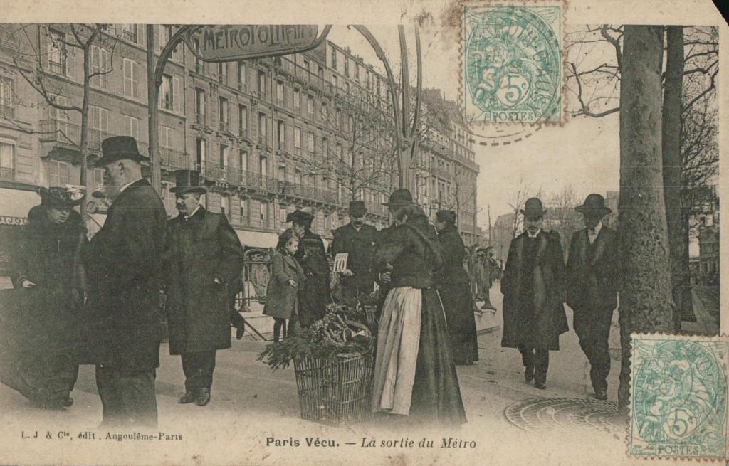 Paris vécu - La sortie du métro.