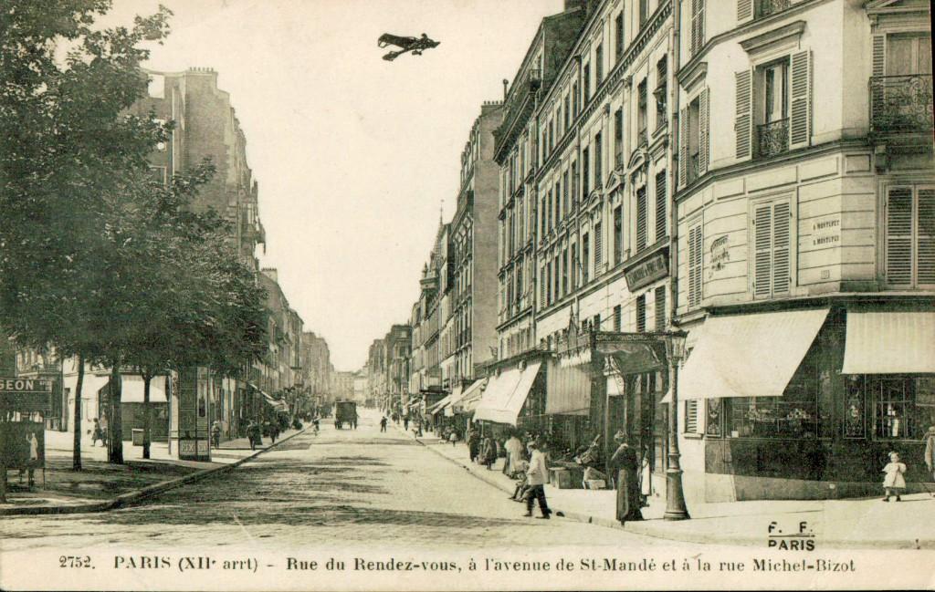 Rue du rendez-vous a l'avenue de Saint Mandé et a la rue Michel Bizot.