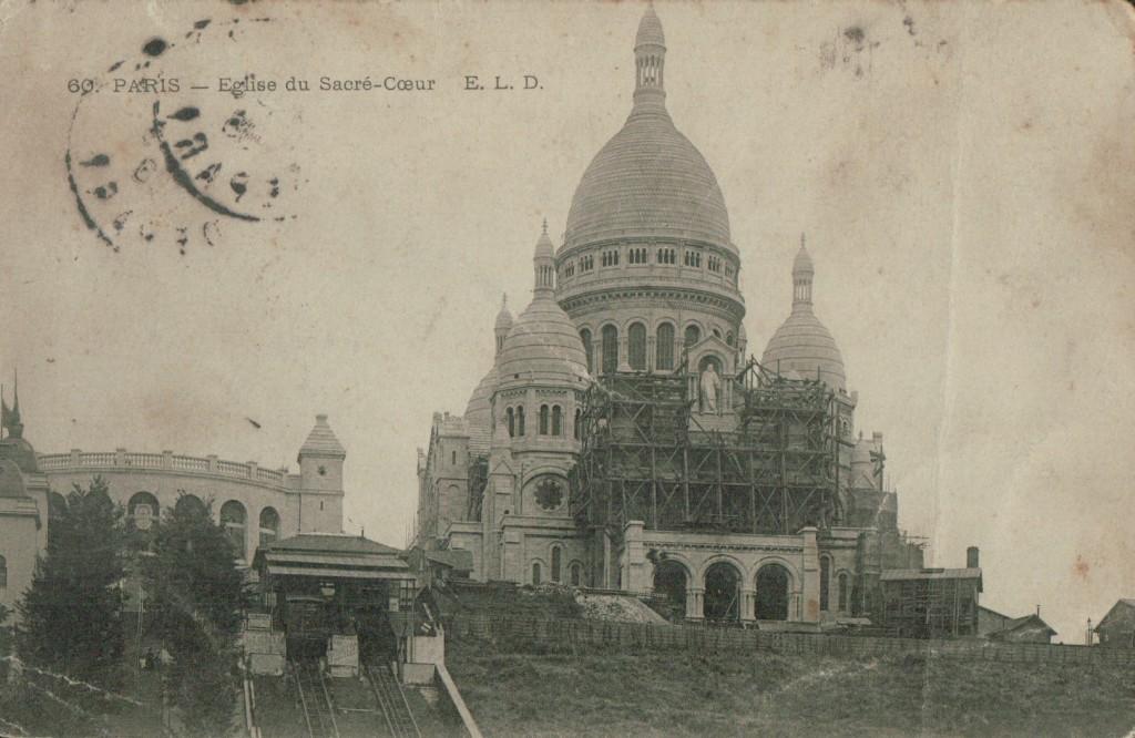 Carte postale de la basilique du Sacré-Coeur.