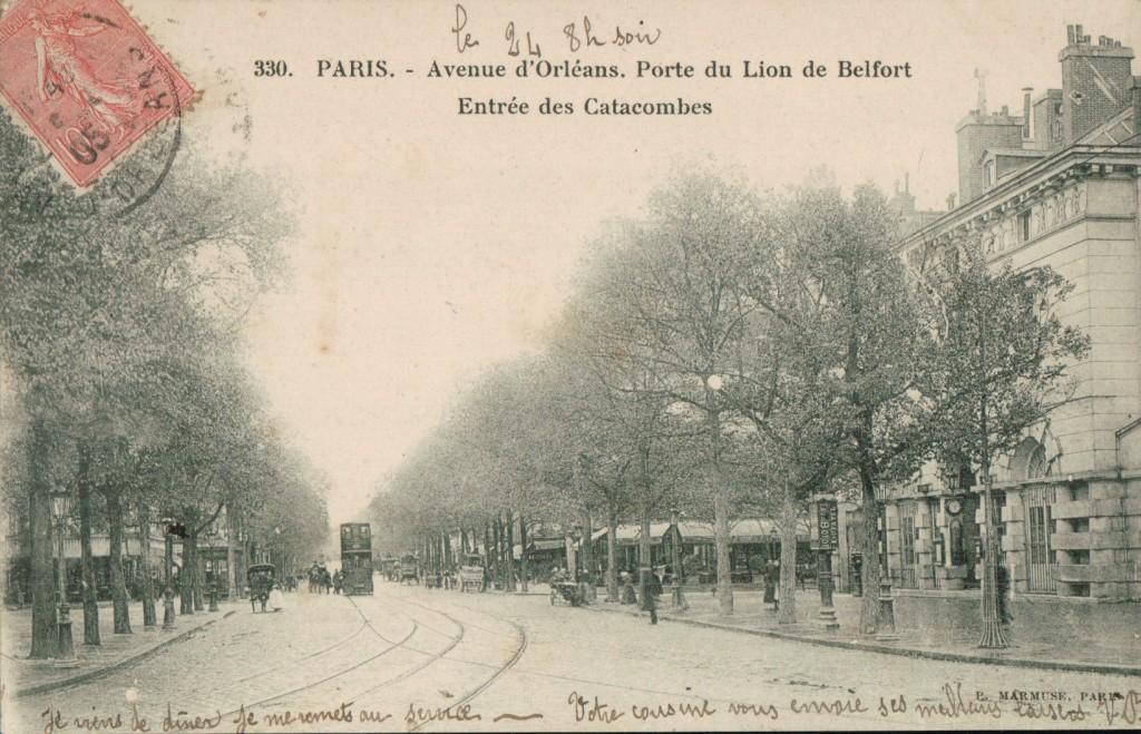 Paris - Avenue d'Orléans. Porte du Lion de Belfort. Entrée des Catacombes.