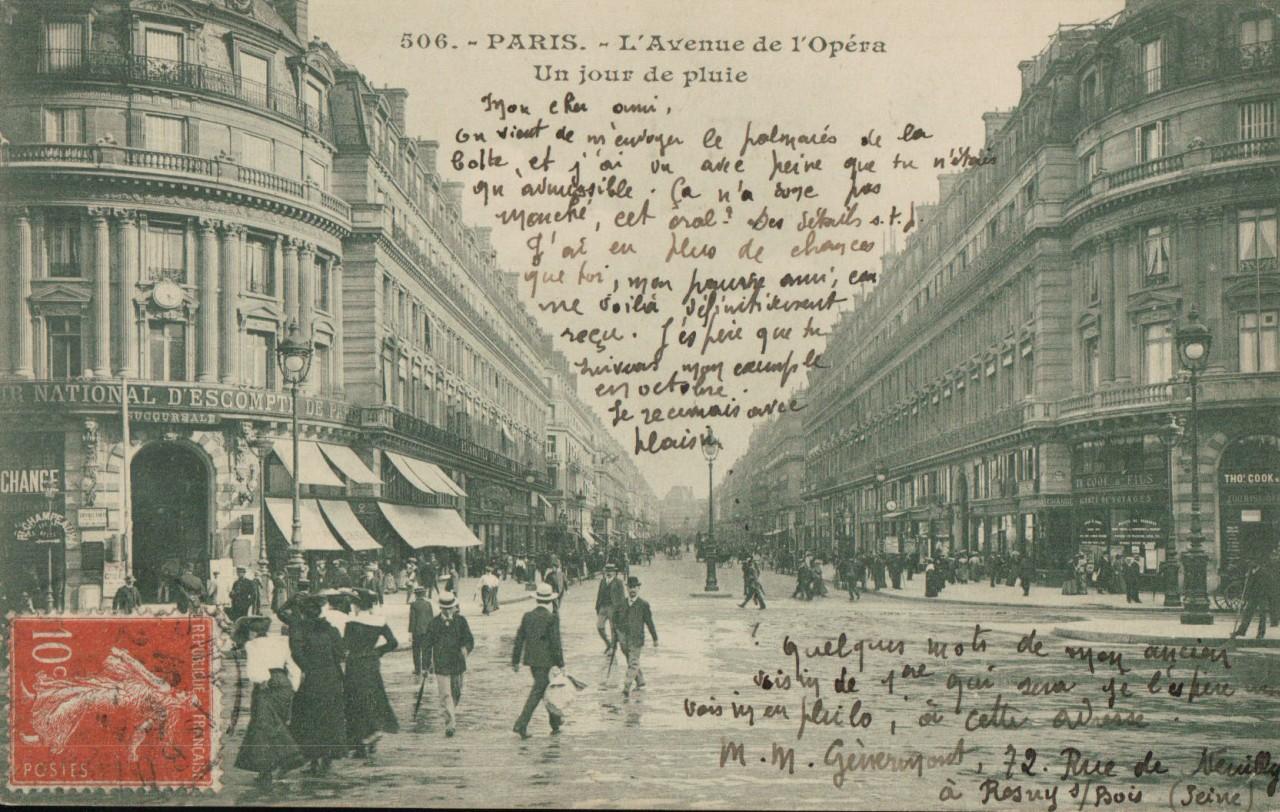 Mauvais temps à Paris un jour de pluie.