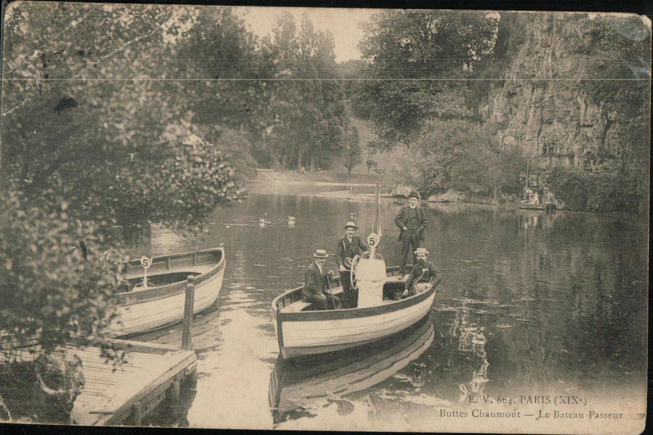 Buttes Chaumont - Le bateau passeur.
