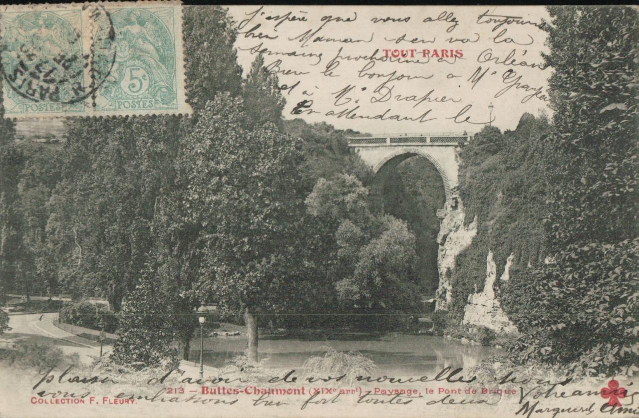 Buttes Chaumont - Paysage; le pont de briques.